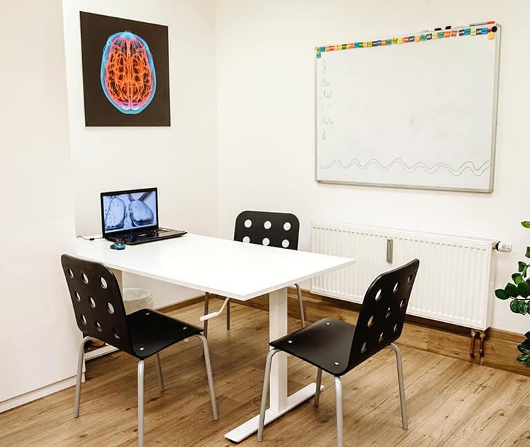 Schulung & Beratung in der Praxis für Ergotherapie Köln-Süd